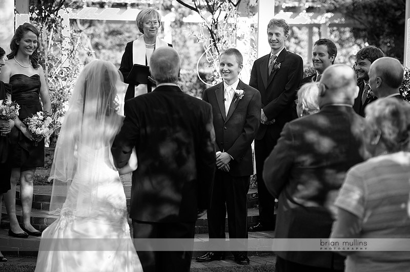 grooms sees bride for the first time