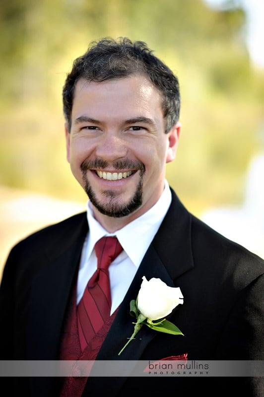 lake crabtree groom portrait