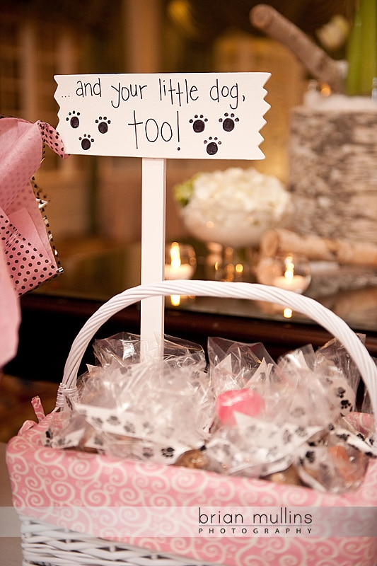 wedding reception favors for dogs