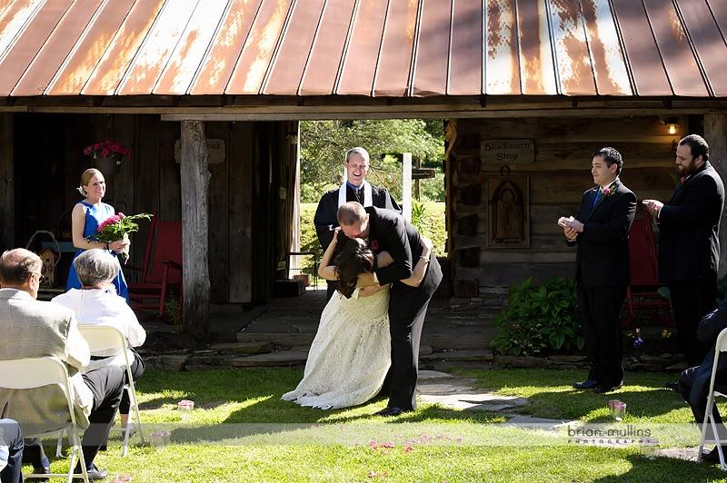 weddings at the mast farm inn