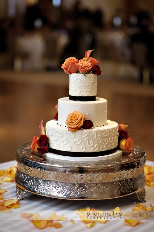 sweet memories wedding cake