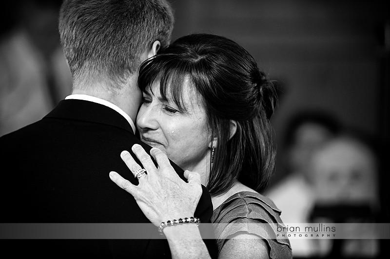 mom crying at wedding