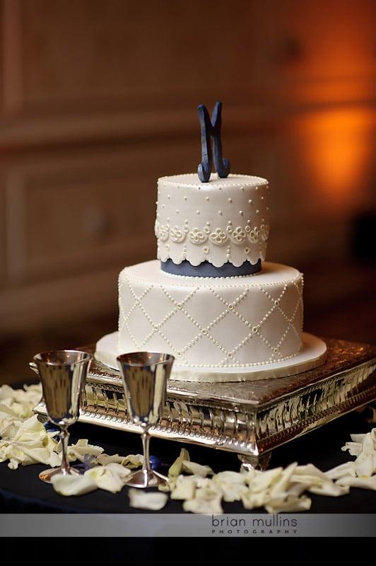 sweet memories wedding cake