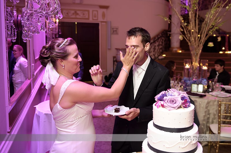 wedding cake smash