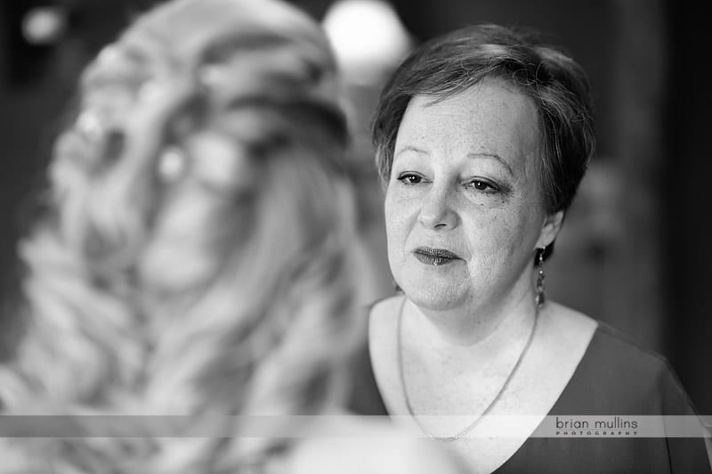 emotional wedding moment with mom and daughter