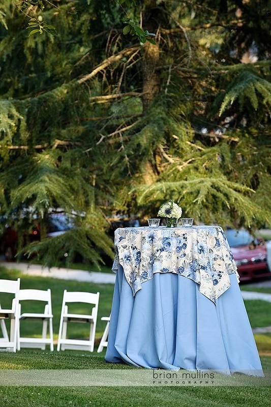 tables on Greystone Lawn