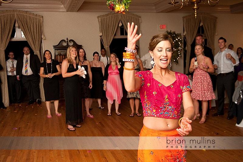 Grove Park Inn Bouquet Toss - Raleigh Wedding Photographer