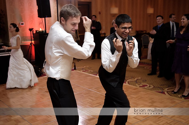 funny wedding reception photo