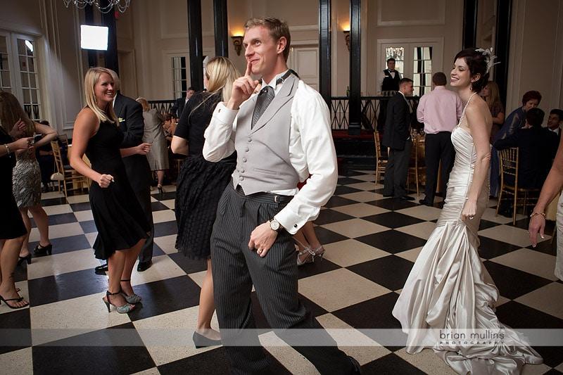 funny groom photo