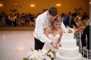 carolina inn wedding cake cutting