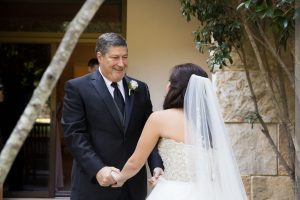 dads first look with bride